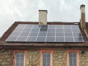 Fotowoltaika na dachu budynku jednorodzinnego. Instalacja zrealizowana przez Premium Solar